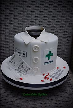 Pharmacy cake - Cake by Elena Mehr Pharmacy Cake, Medical Cake, Doctor Cake, Dad Cake, School Cake, Dad Birthday Cakes, Fancy Cakes, Cake Creations, Celebration Cakes