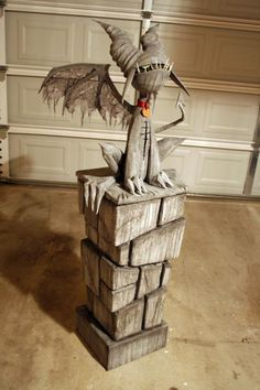Papier mache gargoyle - Halloween Forum - Clockwerk