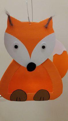 animal crafts for kids Fuchslaterne Fall Crafts For Toddlers, Animal Crafts For Kids, Toddler Crafts, Fox Crafts, Diy And Crafts, Toilet Paper Roll Bat, Fall Leaf Template, Educacion Intercultural, Bat Craft