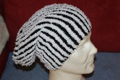 Sloutch in toller Streifenoptik Rid, Knitted Hats, Beanie, Facebook, Knitting, Handmade, Shopping, Fashion, Knitting And Crocheting