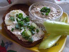 Francúzska nátierka s tuniakom Camembert Cheese, Dairy, Food, Essen, Yemek, Meals