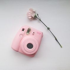 ♡ Fujifilm Instax Mini Pink Camera ♡