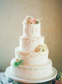 wedding cake | photo lindsay madden