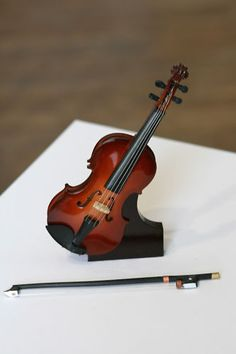 miniature violin decoration $16