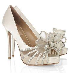 6ed69f025b4e Modern Elegance in Dallas Wedding