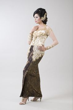 Kebaya Wedding Dress On sale.Visit: www.jayakebaya.blogspot.com
