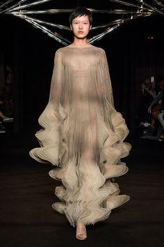 Iris van Herpen Couture AW18