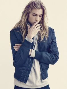 Guys with long hair / Long Haired Guys emil andersson
