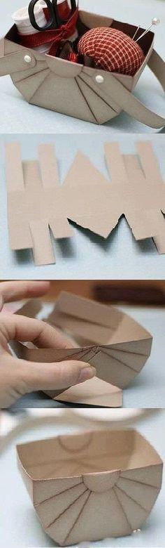 Cestinha de papelão para organizar coisinhas de costura