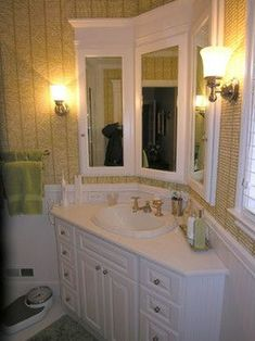 Dog Names Discover Corner Vanity Design Ideas Pictures Remodel and Decor - page 21 Corner Bathroom Vanity, Diy Vanity Mirror, Bathroom Styling, Bathroom Interior Design, Small Bathroom, Bathroom Vanities, Bathroom Canvas, Bathroom Vintage, Bathroom Black