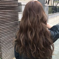 Clip Hairstyles, Permed Hairstyles, Pretty Hairstyles, Hair Inspo, Hair Inspiration, Medium Hair Styles, Curly Hair Styles, Ashy Hair, Ulzzang Hair