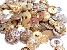 Vintage Metal Buttons x 100 pieces by GriffithGardens on Etsy, $10.00