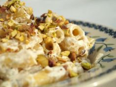 Macaroni with ricotta and pistachios