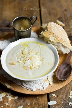 Jerusalem artichoke soup with roasted almond