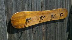 VintageWinter - Snowboard Coat Rack