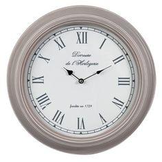 Reloj Sévigné gris modelo pequeño  21.99 euros MAISONS DU MONDE