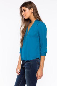 Блуза  Размеры: S, M, L Цвет: винный/бордо, темно-синий, зеленовато-голубой Цена: 1149 руб.  #одежда #женщинам #блузы #коопт