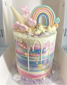 Delicious & Beautiful Birthday Cake Recipe ) ) This Unicorn Awesome-ness Explosion cake caught my eye! Beautiful Birthday Cakes, Beautiful Cakes, Amazing Cakes, Pretty Cakes, Cute Cakes, Bolo Tumblr, Cute Desserts, Drip Cakes, Savoury Cake