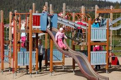 Let's have fun with kids in Levi, Lapland Finland  http://www.levi.fi/fi/levi-parks/activity-park/perhepalvelut.html
