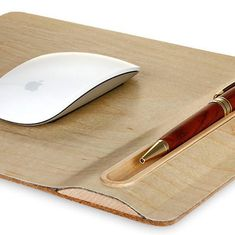 Samdi Wooden Mouse Pad With Pen Holder