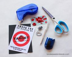 Teacher Gift Idea: Printable Target Gift Card Holder - landeelu.com