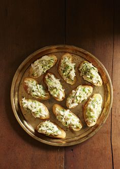 Thanksgiving Sides: Crab Toasts #thanksgiving #sides #holidays