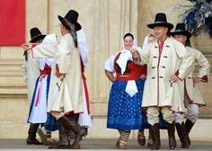 Valašsko Folk Clothing, Scene Photo, Folk Costume, Silent Film, Media Design, Czech Republic, Popular, Dance Costumes, Traditional Dresses