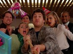 Happy Endings: love this show! I want my life in 5-6 years to be like theirs. Hilarious!