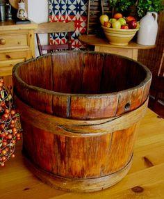 Antique Primitive Grain Measure Old Sapling Bound Wooden Bucket Fingered Hoops