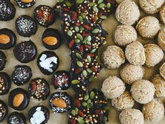 SNACKS: chocolate covered banana bites, no-bake maple macaroons, dark chocolate crunch bark Healthy Candy, Yummy Healthy Snacks, Vegan Snacks, Paleo Treats, Easy Snacks, Delicious Recipes, Healthy Recipes, Whole Food Desserts, Clean Eating Desserts
