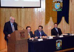 La UNAM recibió nueve mil títulos de la colección de la investigadora Anna Paola Vianello Tessarotto