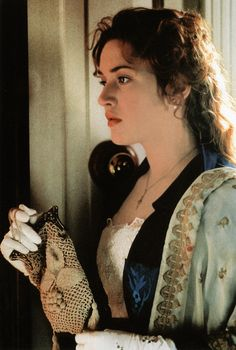Kate Winslet as Rose DeWitt Bukater in Titanic (1997).