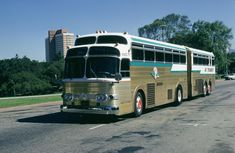 Bus Stop Classic: 1958 Kässbohrer Setra Continental Trailways Super Golden Eagle – Strike Two For The Articulated Highway Bus Bus Camper, Bus Motorhome, Classic Campers, Classic Trucks, Road Transport, Public Transport, Trailers, Bus City, Converted Bus