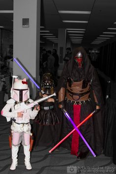 #Mandalorian, #DarthVadar and #DarthRevan #Cosplay from #SteelCityCon #ComicCon ----- Check out more of my photography @ http://www.facebook.com/MidnightSkyPhotography (Link in Profile) ----- #MidnightSkyPhotography #MidSkyPhoto