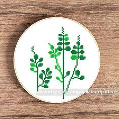 PDF counted cross stitch pattern Plant by galabornpatterns