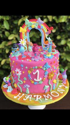 Trolls Cake Birthday Cake, Cakes, Desserts, Food, Birthday Cakes, Meal, Deserts, Essen, Hoods