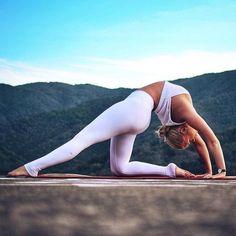 Yoga pose inspiration #yoga I love the leggings too