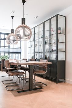 Lichtplan, interieurontwerp & interieuradvies, kast op maat benedenwoning jordaan Amsterdam door Studio Nest #Secto octo #industriele kast