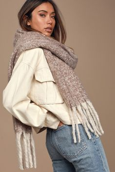 The Lulus Hold Me Closer Light Grey Knit Scarf will keep you cozy and warm on the coldest days! Fuzzy knit, oversized scarf with grey fringe at the ends. Cute Scarfs, Retro Clothing, Oversized Scarf, Brown Fashion, Retro Outfits, Cold Day, Square Scarf, Womens Scarves, Brown And Grey