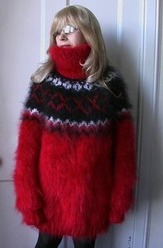 Gros Pull Mohair, Sweater Outfits, Turtleneck, Fur Coat, Pullover, Patterns, Sweaters, Jackets, Fashion