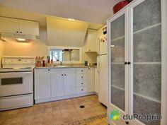 Cuisine du sous-sol Kitchen Cabinets, Storage, Furniture, Home Decor, House 2, Walkout Basement, Kitchens, Kitchen Cupboards, Homemade Home Decor