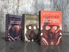 """Metro 2033 - Twoja wizja Bibliotekarza (zadanie kreatywne).. Na podstawie podanego fragmentu powieści """"Metro 2033"""", zaprezentuj w formie graficznej postać Bibliotekarza. <br /><br />Na najlepszą pracę czeka książka- """"Metro 2035"""", zamykająca kultowy cykl oraz historię Artema.<br /><br />Fragment: <br /><br />""""Zza odrzuconej do tyłu głowy Daniły ukazało się najpierw spiczaste ucho, a po nim ogromne zielone oko iskrzące się w świetle latarki. Bibliotekarz powoli, jakby..."""