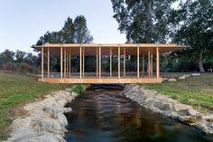 "Gallery of wHY and artist Rirkrit Tiravanija Design ""Waterfall Pavilion"" for the LA Public Art Biennial  - 1"