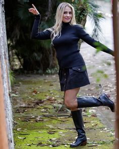Long Boots, Knee High Boots, Black Boots, Leather Riding Boots, Leather Jacket, Riding Boot Outfits, Equestrian Boots, Short Tops, Fashion Outfits