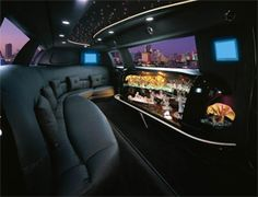 Cyrstal Coach - Seattle's choice for Limo Service. For airport Limo, wedding limo, corporate limousine, tours & more. Our fleet of luxury Limousines. Location Limousine, Limousine Car, Minivan, Luxury Car Rental, Luxury Cars, Luxury Travel, Limousine Interior, Bus Interior, Chauffeur Privé