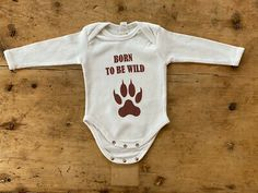 """Baby Body Motiv """"Born to be wild""""   eBay Born To Be Wild, Baby Body, Babys, Onesies, Clothes, Fashion, Fashion Styles, Clothing Accessories, Babies"""