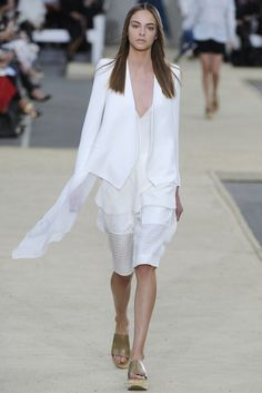 Chloé RTW Spring 2014 - Slideshow - Runway, Fashion Week, Reviews and Slideshows - WWD.com