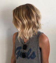 Thin Straight Hair, Thin Hair Cuts, Short Thin Hair, Medium Hair Cuts, Medium Hair Styles, Curly Hair Styles, Perm For Thin Hair, Wave Perm Short Hair, Body Wave Perm