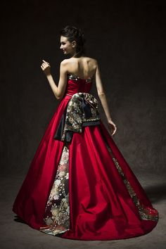 和ドレス(ジャムRD/レンタル)|和ドレス着物ドレス。結婚衣装のアツニシカワ(名古屋・東京恵比寿) Alternative Mode, Alternative Fashion, Couture Mode, Couture Fashion, Elegant Ball Gowns, Fairytale Dress, Nice Dresses, Formal Dresses, Dress Drawing