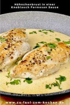 Pechuga de pollo en salsa de ajo y parmesano - Geflügel - Rezepte - Garlic Parmesan Sauce, Chicken Parmesan Recipes, Grilled Chicken Recipes, Cashew Chicken, Recipe Chicken, Healthy Chicken, Gluten Free Recipes For Dinner, Healthy Dinner Recipes, Meal Recipes